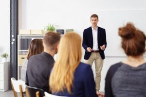 Rhetoriktraining – Reden lernen durch reden
